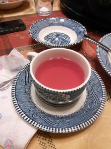 Apple tea in Oma dishware